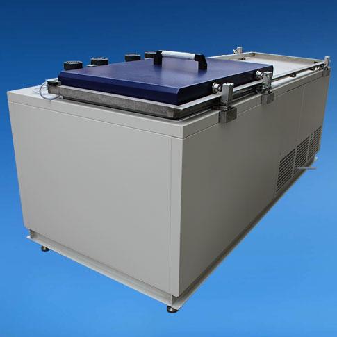 卧式高低温试验箱