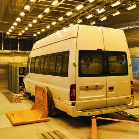 整车高低温环境试验舱